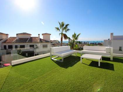 151m² House / Villa with 125m² terrace for sale in Finestrat