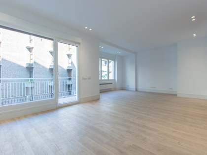183m² Apartment with 7m² terrace for sale in Goya, Madrid