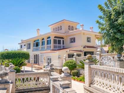 Maison / Villa de 631m² a vendre à East Málaga, Malaga