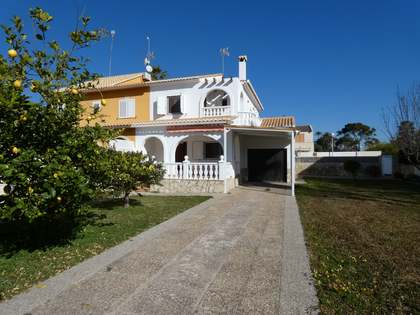 131 m² house for sale in Playa Sagunto, Valencia