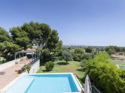 Дом / Вилла 675m² на продажу в Годелья / Рокафорт, Валенсия