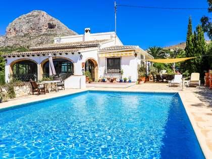 Maison / Villa de 276m² a vendre à Jávea, Costa Blanca