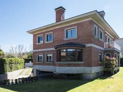 407m² Hus/Villa till salu i Vigo, Galicia