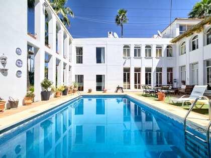 Casa / Vil·la de 320m² en venda a Nueva Andalucía