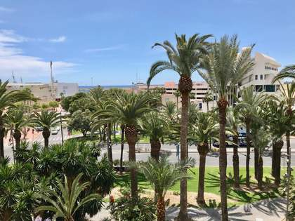 217m² Apartment for sale in Alicante ciudad, Alicante