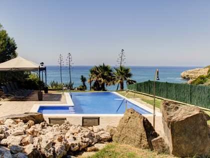 522m² Hus/Villa till uthyrning i Torredembarra