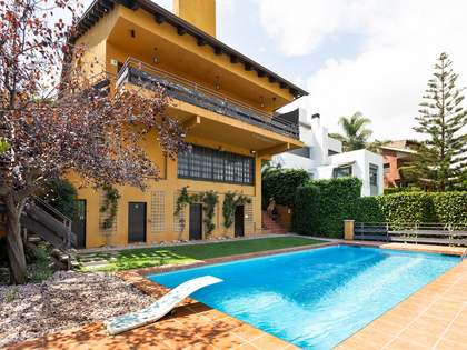 House / Villa for rent in Bellamar, Barcelona