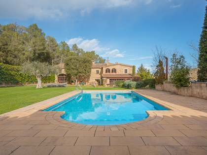 Country house to buy near Púbol, Girona, Spain