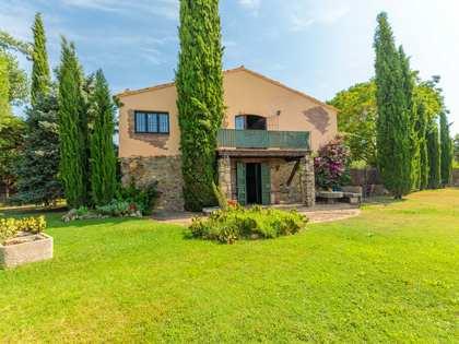 Casa de campo con 486 m² de jardín en venta en Baix Emporda