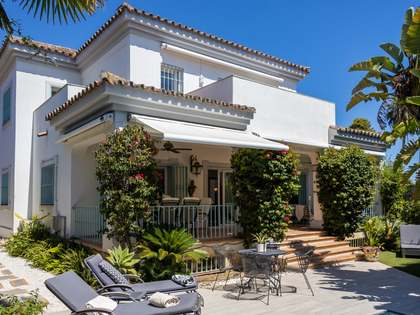 Maison / Villa de 334m² a vendre à San Pedro de Alcántara / Guadalmina avec 550m² de jardin