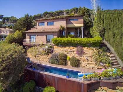 280 m² house for sale in Cabrils, Maresme