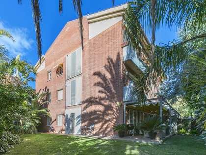 Piso de 95 m² con 195 m² de jardín en alquiler en Alella