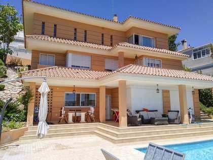 Villa de 400 m² en venta en Málaga Este, Málaga