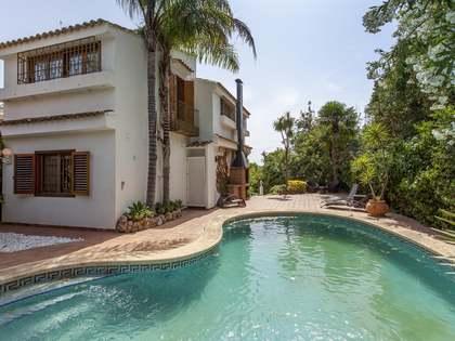 Дом / Вилла 400m² аренда в Los Monasterios, Валенсия
