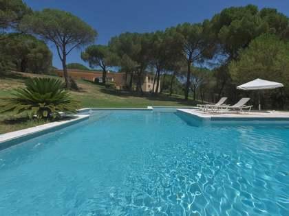 Huis / Villa van 555m² te koop in Platja d'Aro, Costa Brava