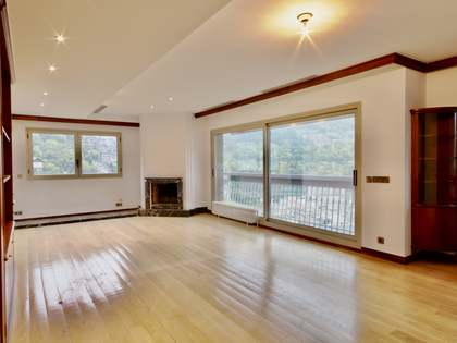 198m² Apartment for sale in Escaldes, Andorra