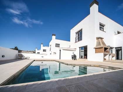 Casa / Vil·la de 165m² en venda a Cunit, Tarragona