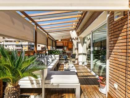 Ático de 146m² con 88m² terraza en venta en Les Corts