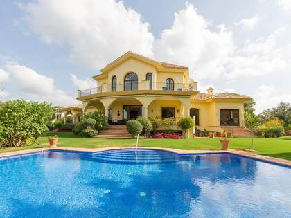 843m² House / Villa with 4,500m² garden for sale in La Zagaleta