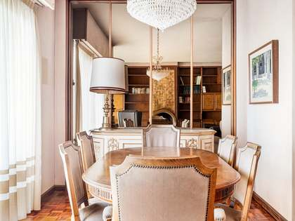 115m² Penthouse with 11m² terrace for sale in Pedralbes