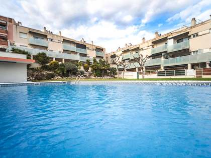 103m² Apartment with 25m² terrace for sale in Cubelles