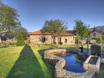 775m² Haus / Villa zum Verkauf in Ourense, Galicia