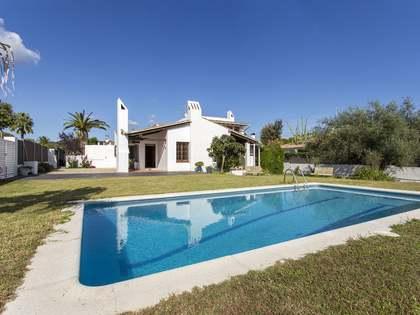 在 Sant Pere Ribes, 巴塞罗那 273m² 出售 豪宅/别墅
