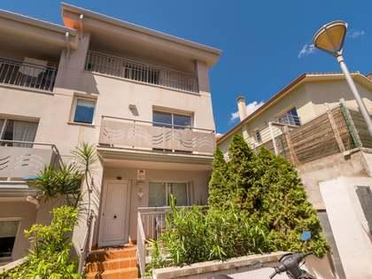 Casa / Villa de 189m² con 76m² de jardín en venta en Levantina