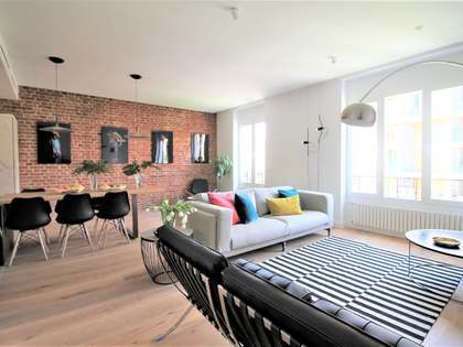 170 m² apartment for sale in Almagro, Madrid
