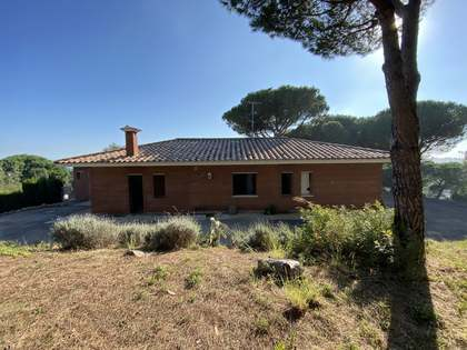 2,100m² Plot for sale in Sant Andreu de Llavaneres