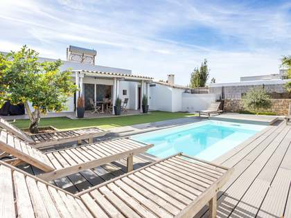 Huis / Villa van 83m² te koop in Santa Eulalia, Ibiza