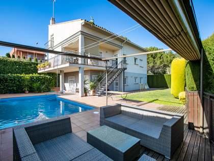 Casa de 410m² en venta en Alella, Maresme