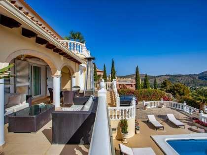 Casa / Villa de 500m² en venta en Finestrat, Alicante