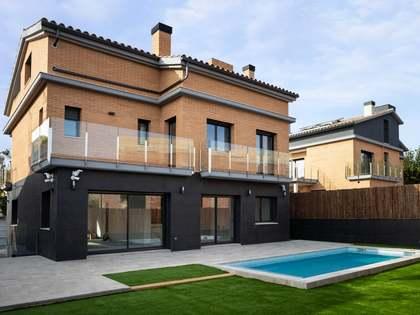 Дом / Вилла 380m² на продажу в Эль Масноу, Барселона