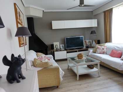 Appartamento di 90m² con 24m² terrazza in affitto a El Pla del Real