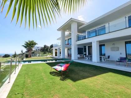 Villa con 1,261 m² de jardín en venta en Benahavís