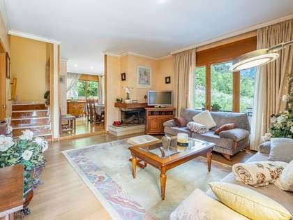 351m² House / Villa with 55m² terrace for sale in La Massana