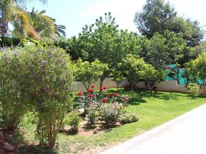Huis / Villa van 442m² voor de korte termijn verhuur met 80m² Tuin in Puzol