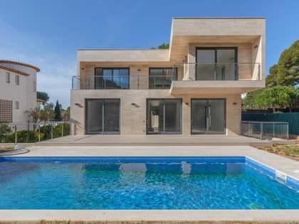 Casa / Vila de 472m² à venda em Platja d'Aro, Costa Brava