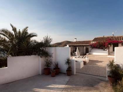 Landhuis van 120m² te koop in East Málaga, Malaga