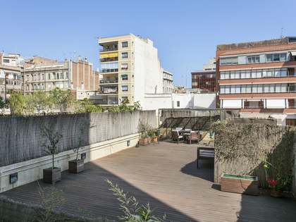 167m² Apartment with 100m² terrace for sale in Eixample Right