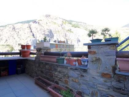 Piso de 2 dormitorios en venta cerca de Grandvalira, Andorra
