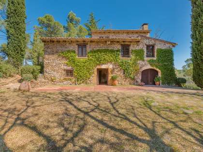 Casa rural en venta en las colinas de Les Gavarres, Girona