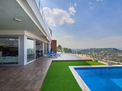 586m² house / villa for sale in Cullera, Valencia