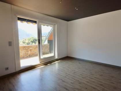 Attico di 250m² in vendita a Escaldes, Andorra