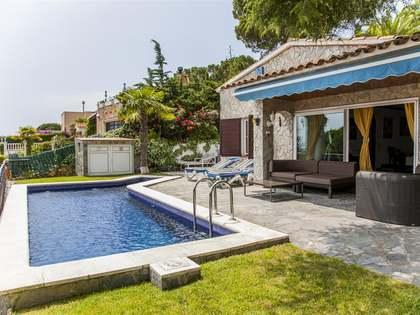 House to buy near beach of Cala Canyelles, Lloret de Mar