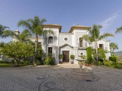 1,227 m² villa for sale in Benahavís, Andalucía