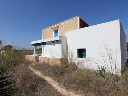 Casa a reformar por completo, en venta en Formentera