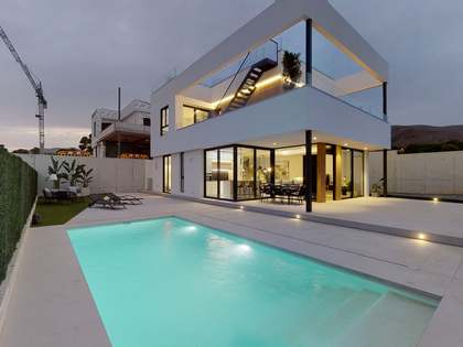 Maison / Villa de 241m² a vendre à Finestrat, Alicante