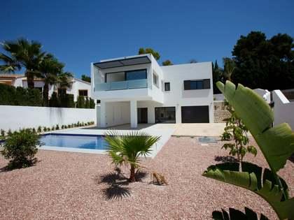 Casa / Villa di 226m² in vendita a Moraira, Costa Blanca